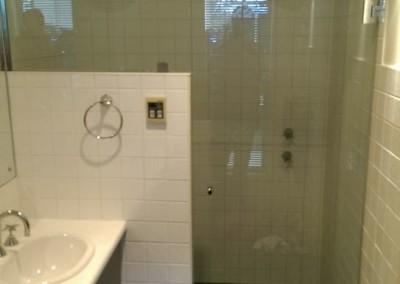 Frameless Shower Cubicle
